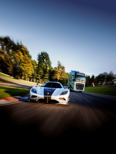 Volvo-Koenigsegg8
