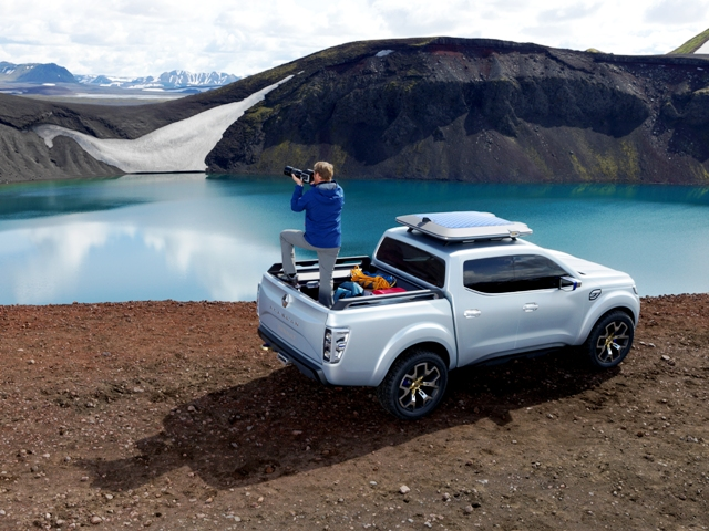 Renault_Alaskan6