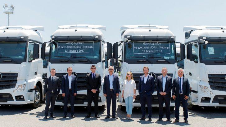 Mercedes-Benz Türk'ten Akkoç Lojistik filosuna 50 adet Actros çekici