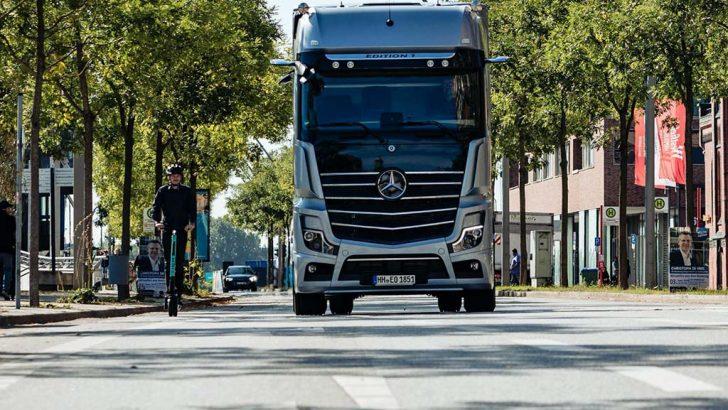 Mercedes ticari araçlarına yeni donanım
