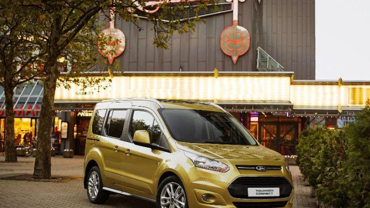 Tourneo Connect dizel-otomatik  seçeneğiyle Ford bayilerinde